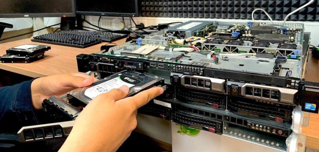 хостинг серверов 1 слот 4 рубля